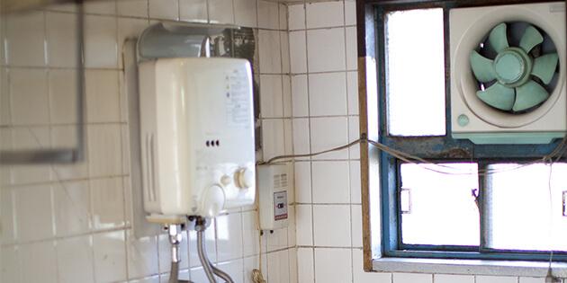⼩型湯沸器は長時間使わない